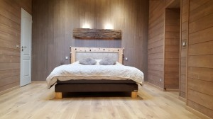 Chambre-lambris-bois